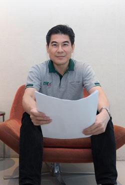 Dr. Thammanoon Hengsadeekul